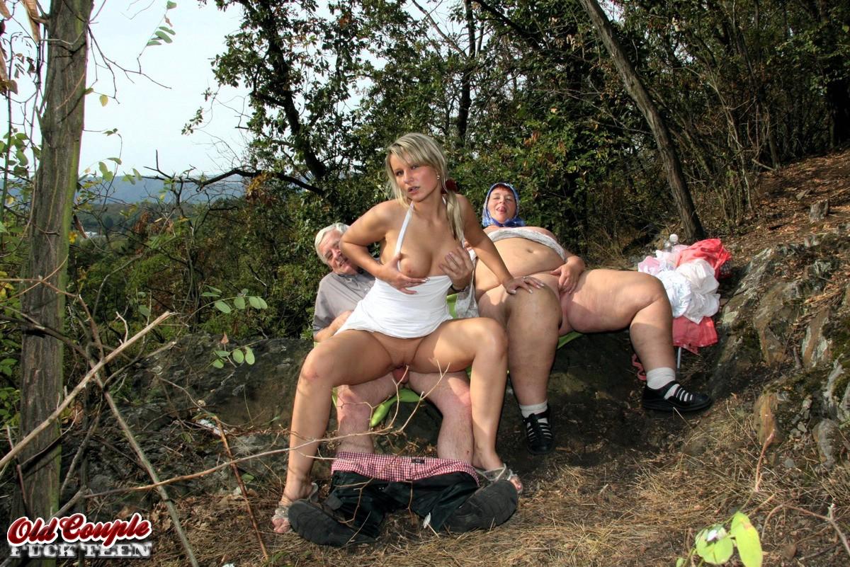 milfs sexting nude pics
