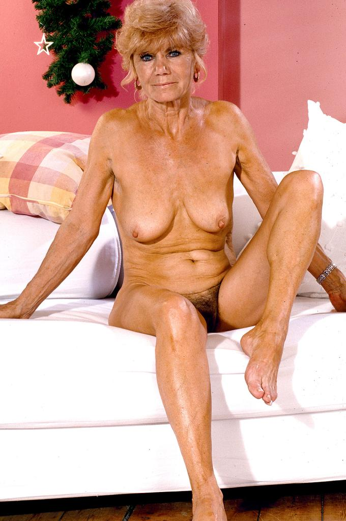 pussy granny Anna wrinkled