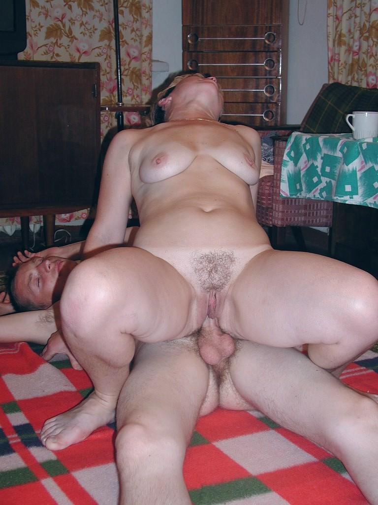 как подоконник фото русс порно женщин встать рога