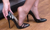Stiletto Tease Michelle Slips Her Foot In And Out Of Her High Heel Shoe. As She Gently Kisses The Heel You May Just Be Able To Slide Yourself In There To Be Pressed In Nice And Hard Into The Pointy Fronts As She Tries To Put Her Foot In Again