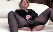 Matures and Pantyhose Paulina & Adrian Mature Business Woman In Full-Fashioned Pantyhose Taking Cock Up Her Beaver