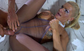 Matures and Pantyhose Hannah & Benjamin Sultry Upskirt Milf Lured Into Pussy Cramming Thru Her Sheer-To-Waist Hose