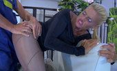 Matures and Pantyhose Hannah & Benjamin Stunning Blonde Milf Gets Nailed On The Couch In Her Colored Fashion Hose