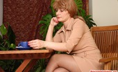Matures and Pantyhose 461323 Elisabeth & John Hot Mature Gal Blowing Hard Dick Before Pulling Down Her Tights For Fucking