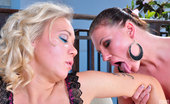 Licksonic Jennie & Sandy Glamour Sapphos Play In Guess Who Before Enjoying Sensuous Lickety-Split