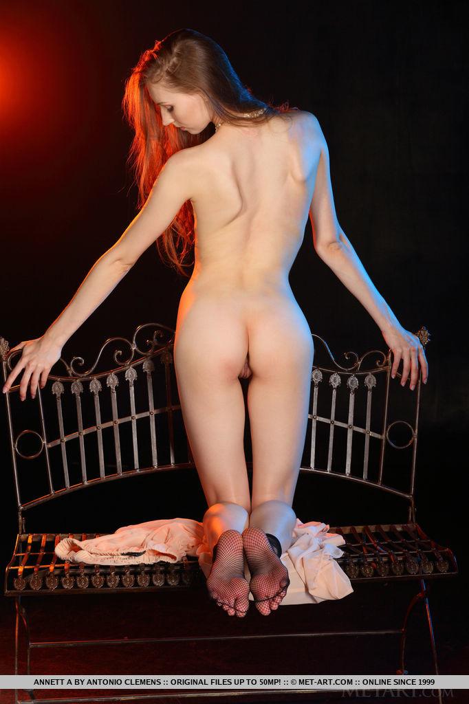nackt Edison Isadora Celebrity Sex