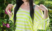 Met Art Met Art Tenir Fun-Loving Babe Janelle B Naughtily Posing In The Garden, Showing Off Her Smooth, Fair Body With Puffy Assets. Janelle B Rylsky Tenir