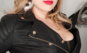 Anilos Anilos Vicky Vixen Hot Pinup Mom In Leather Shows Off Her Curves On A Motorcycle