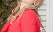 Anilos Anilos Vicky Vixen Stunning Mature Mommy Has Voluptuous And Soft Curves