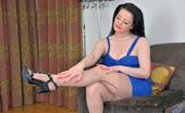 Anilos Anilos Sarah Kelly Beautiful Mom Wears Thin Panties And Thigh High Stockings
