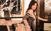 Anilos Anilos Lucy Heart Delicious Housewife Shows Her Soft Juicy Ass