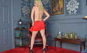 Anilos Anilos Frankie Babe Steaming Hot Cougar Shows Her Big Round Tits In A Red Dress