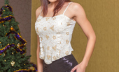 Nubiles.net Nubiles.net Minnie Magna Hot Redhead Amateur Gets Horny At Christmas Time