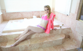 Nubiles.net Nubiles.net Alexia Gold Nubile Alexia Gold Plays With Her Moist Pussy While Enjoying A Bubble Bath
