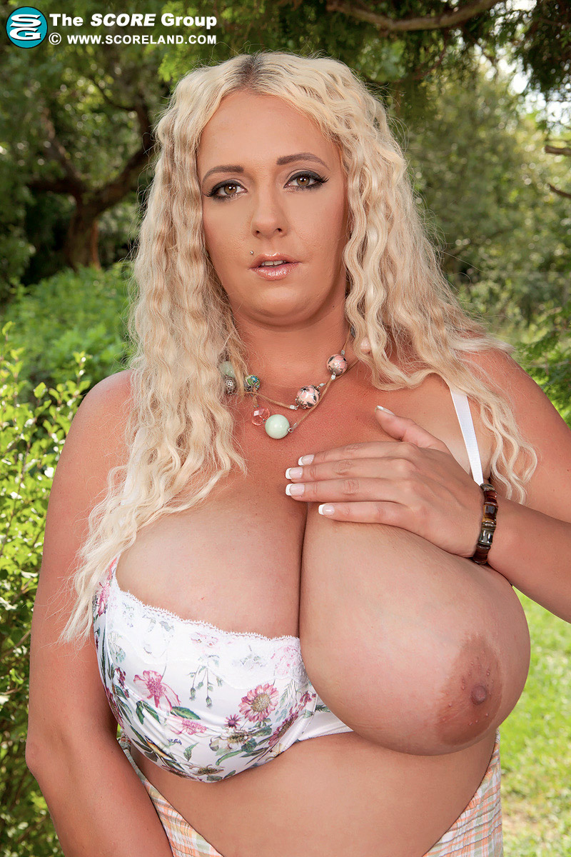 Смотреть порно с emilia boshe 29 фотография