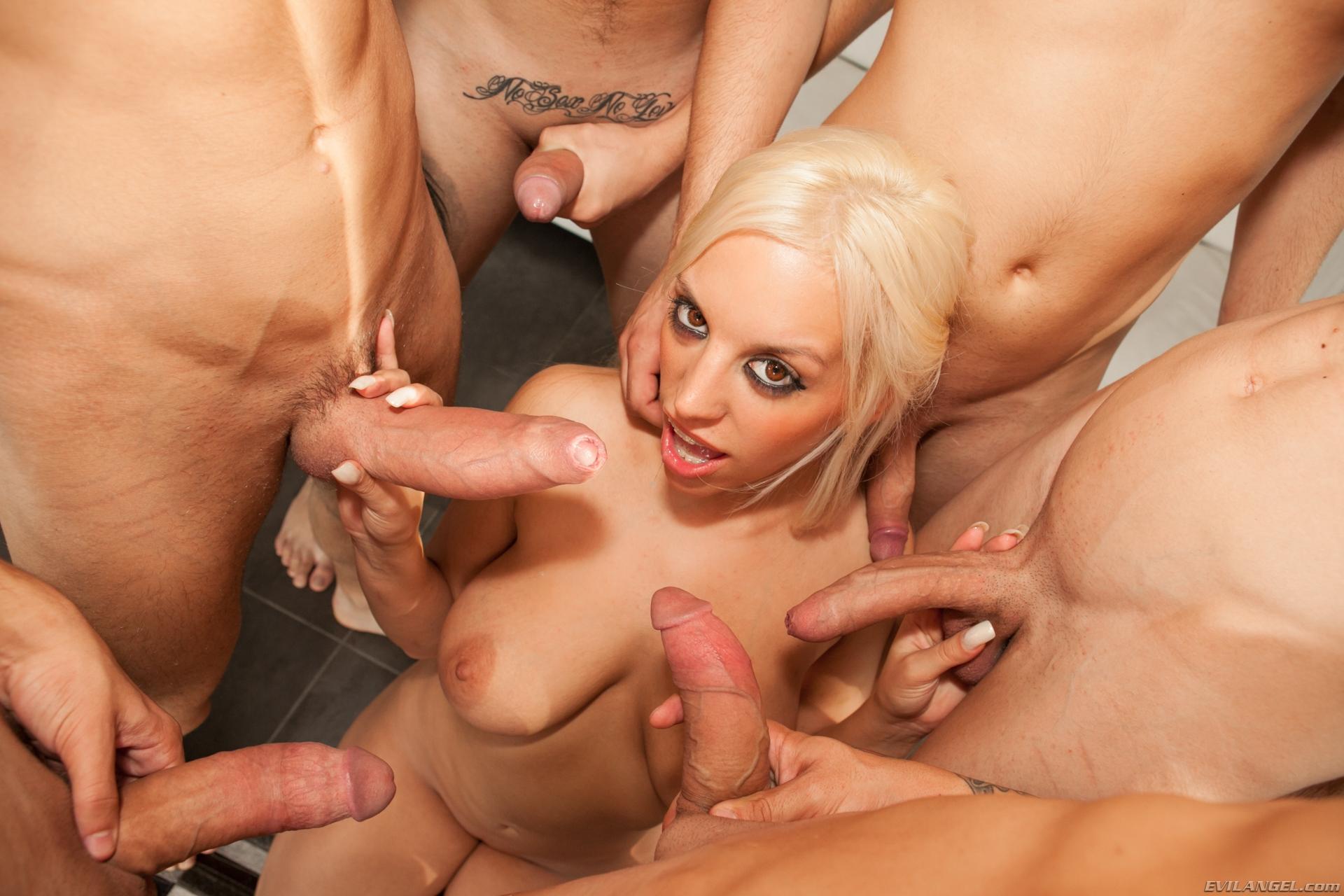 porno-blonde-v-onlayn