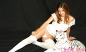 Lindy Lopez 466684 White Tiger Nn Lindy Lopez