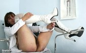 Naughty Head Nurse Karin Karin Senior Lousy Nurse Hole Plastic Penis Masturbation On Gynochair Naughty Head Nurse