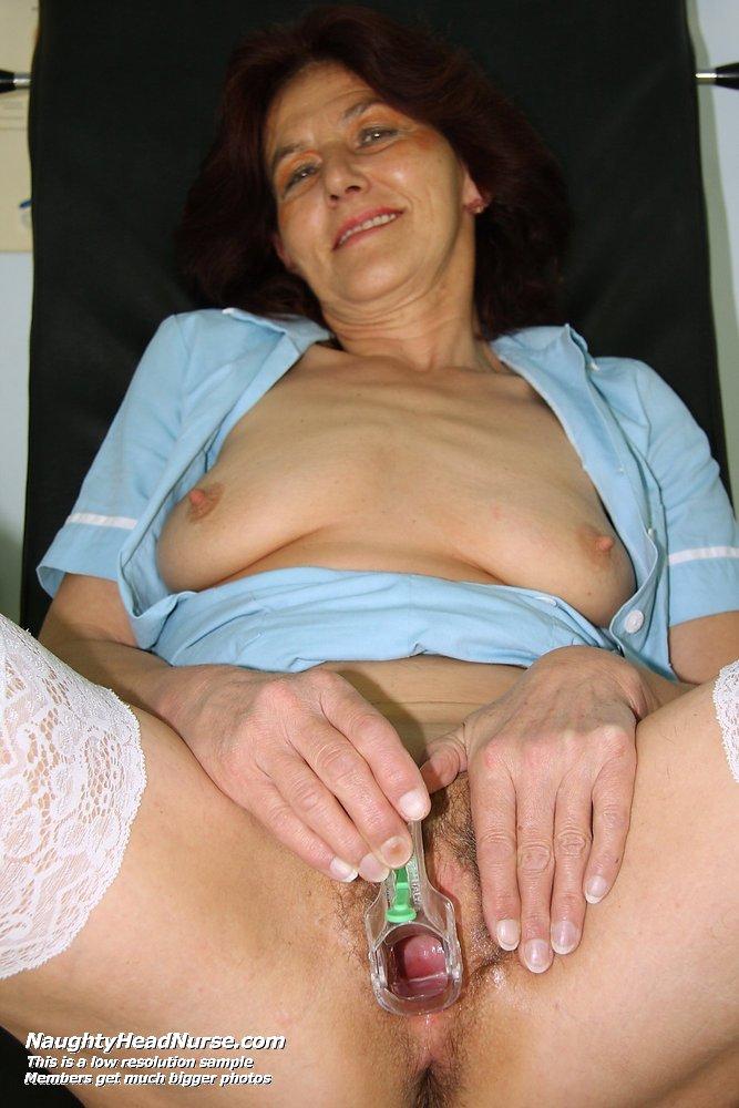 Nackt  Linda Vox German milf