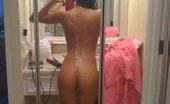 Asian Sexting Horny Asian Girls Love Showing Off Nude Asian Sexting