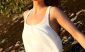 AV Erotica Renata Renata Likes To Show Off Her Sexy Natural Forms In Outdoor AV Erotica