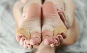 AV Erotica Selma Sexy Selma Is A Beautiful And Provocative Image Posed On The White Sheets AV Erotica