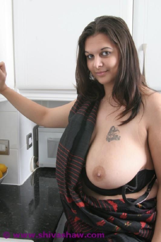 thai girls naked in stockings