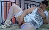 Kiss Matures Caroline Dildo-Toying Crummy Mommy Having To Lick A Sweet Pussy Of A Nerdy Coed Kiss Matures