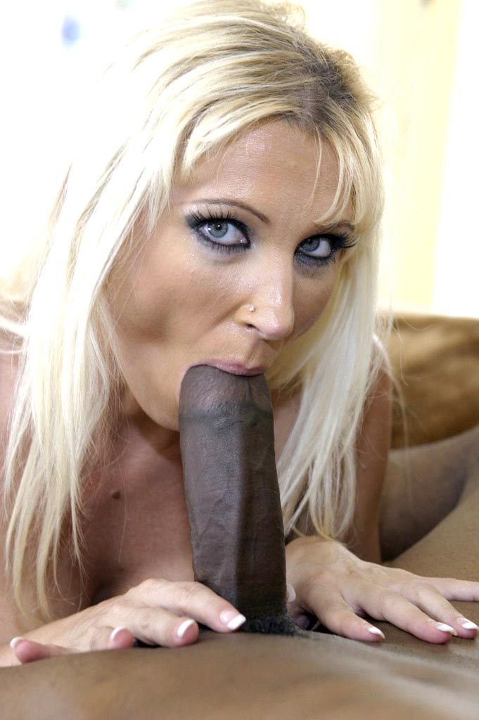 image Teen learns hot to fuck from a milf