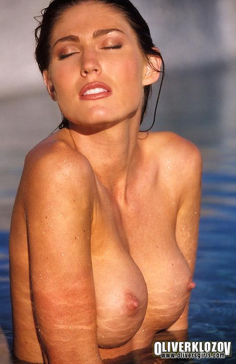 Nackt  Ashley Oliver Ashley Graham