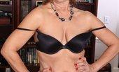 Oldest Women Sex Mature Mom Brook Show Her Sexy Body Oldest Women Sex