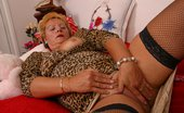 Oldest Women Sex Lustful Granny Rubs And Stretches Her Old Pussy Oldest Women Sex