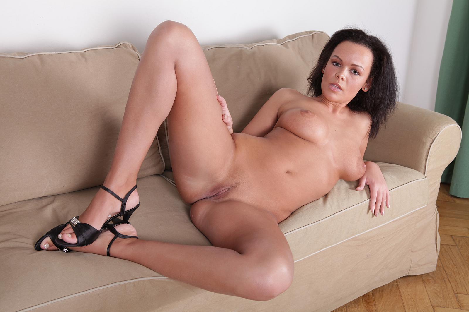 irish mature joy nude ... Linet Slag Mature Euro Babe Linet Slag Moans In Joy As Two Studs Plug Their Dicks