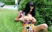 Cuties Flashing Bootylicious Flasher Gets Naked On A Green Lawn Cuties Flashing