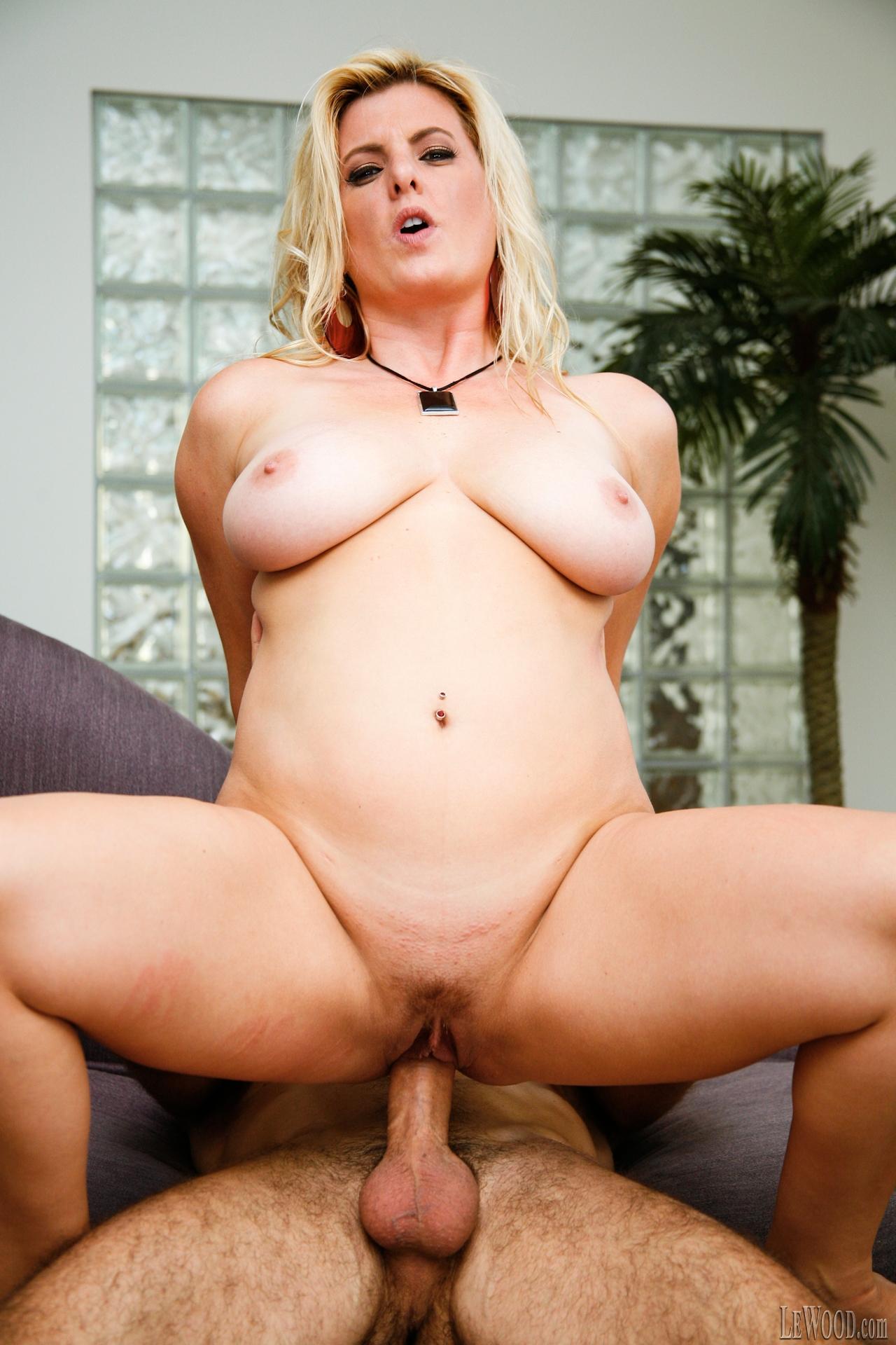 Erotic sex massage london