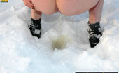 Pissing Outdoor Teen Brunette Winter Outdoor PissingTeen Brunette Dana Does Extreme Pissing Outdoor In The Middle Of The Winter At Cold Wind Pissing Outdoor