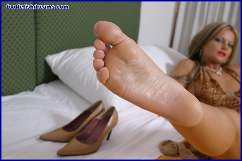 Foot Fetishes and Foot Jobs - What Its Like to Have a