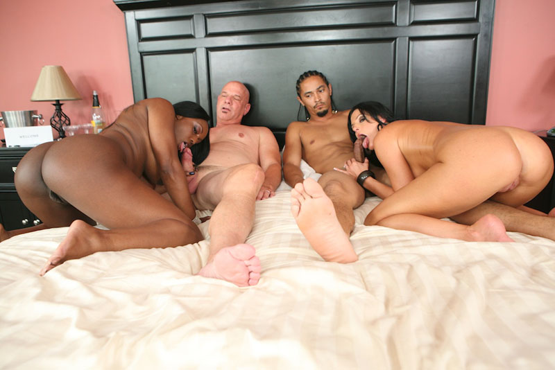 Interraacial threesome with hubby