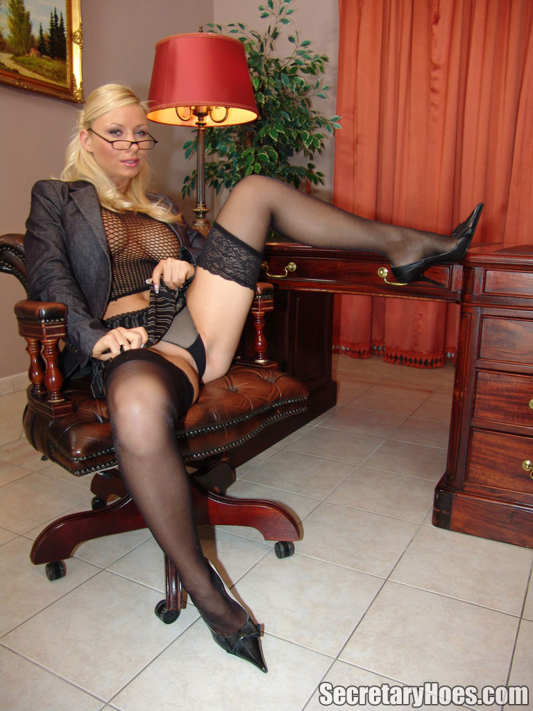 Secretary Hoes Helena Sweet Blonde Mature Busty Office Secretary ...: pornpicture.org/paysites/secretary-hoes/photos