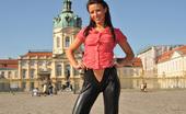 Ero Berlin Tea Sexy Masturbation Castle Park Berlin Ero Berlin