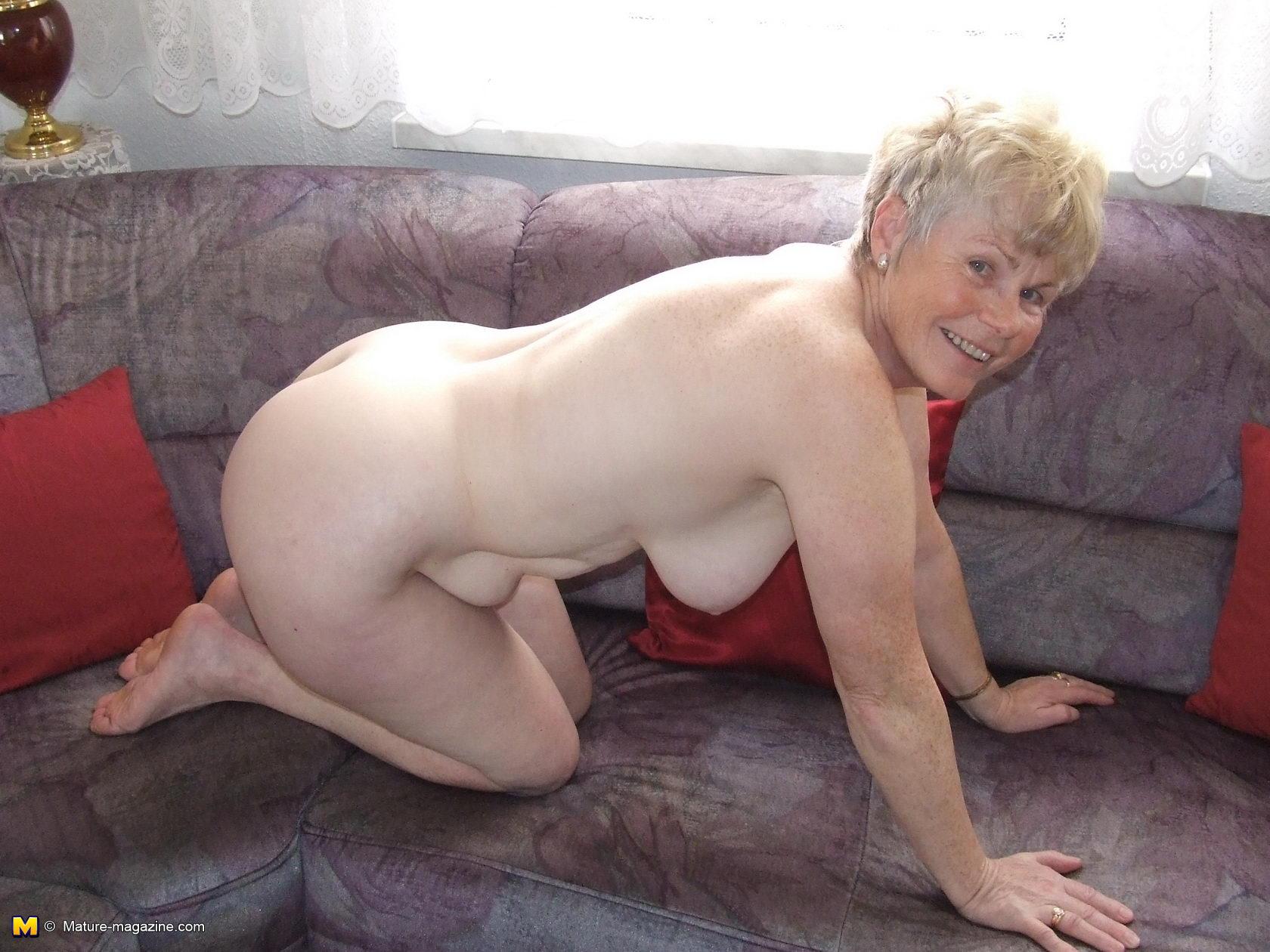Old human nude xxx naked comics