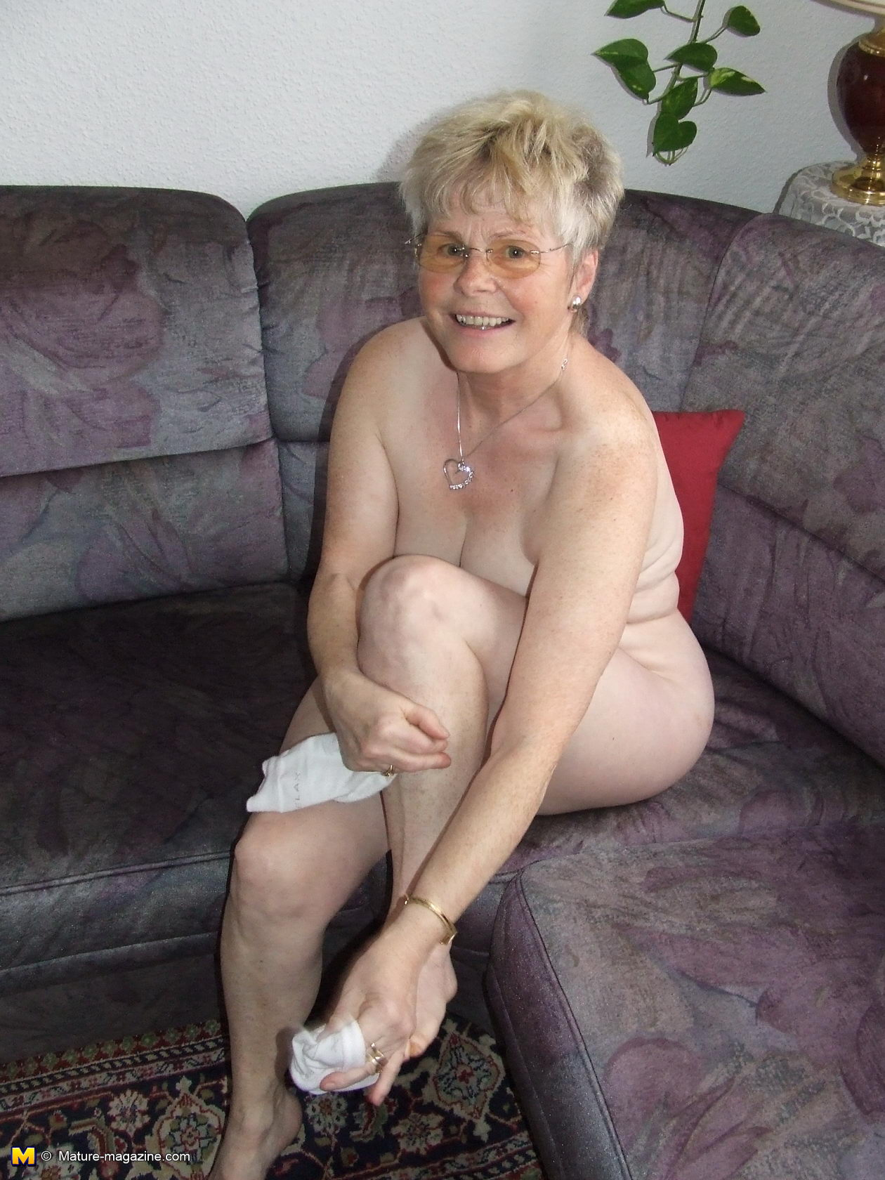 Pics naked older lady Nice Oldies