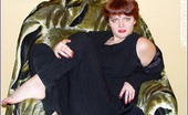 Plumper World Redhair Chubby Take Off Her Dress Plumper World