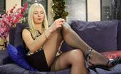 Pantyhose Line Esther & Horace Leggy Babe Loves To Get It On Wearing Some Of Her Gorgeous Fashion Tights Pantyhose Line