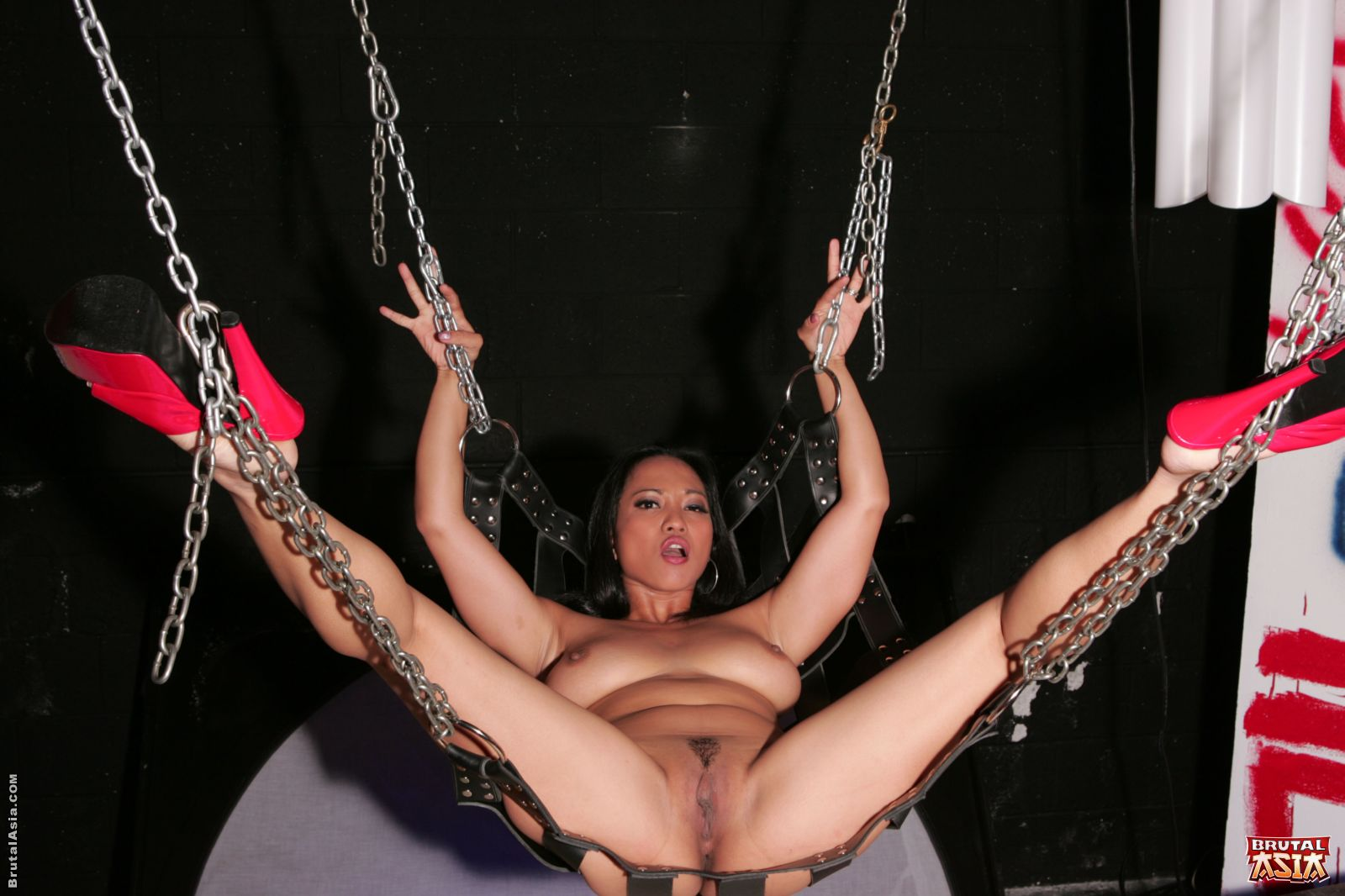 Brutal Asia 507498 Annie Cruz Annie Cruz And Loni Exposes Her Pink To Lesbo BDSM Fantasy Brutal Asia