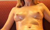 GND Models 509160 Marilyn Marilyn Rubs Her Entire Naked Body With Oil GND Models