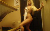 GND Monroe 509219 Monroe Takes Naked Pictures Of Herself In The Tanning Bed GND Monroe