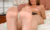 The Joy Of Feet Tammy Strips Her Nylons Down Slowly, Teasing And Flaunting Her Feet! The Joy Of Feet