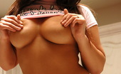 Luna's Cam Busty Latina Model Luna Favorite Pictures Luna's Cam