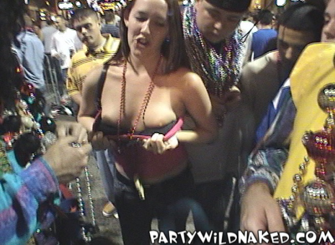Dripping wet lesbian cunt